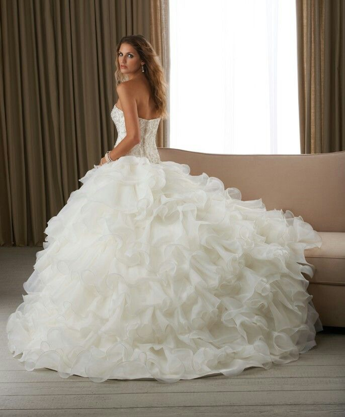Big wedding dresses are my fav | Wedding dresses | Pinterest | Big ...