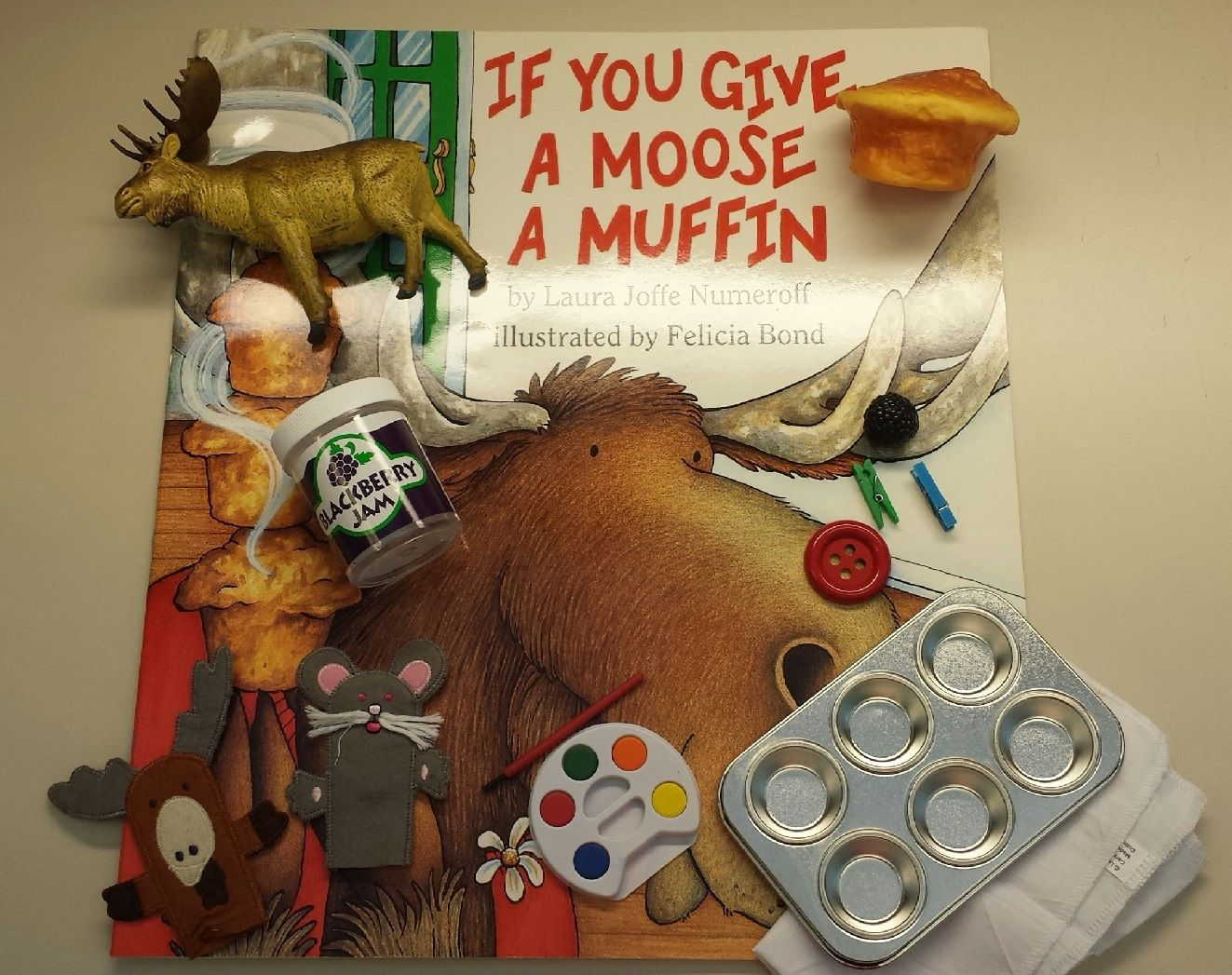 If You Give A Moose A Muffin Oversized Storybook With