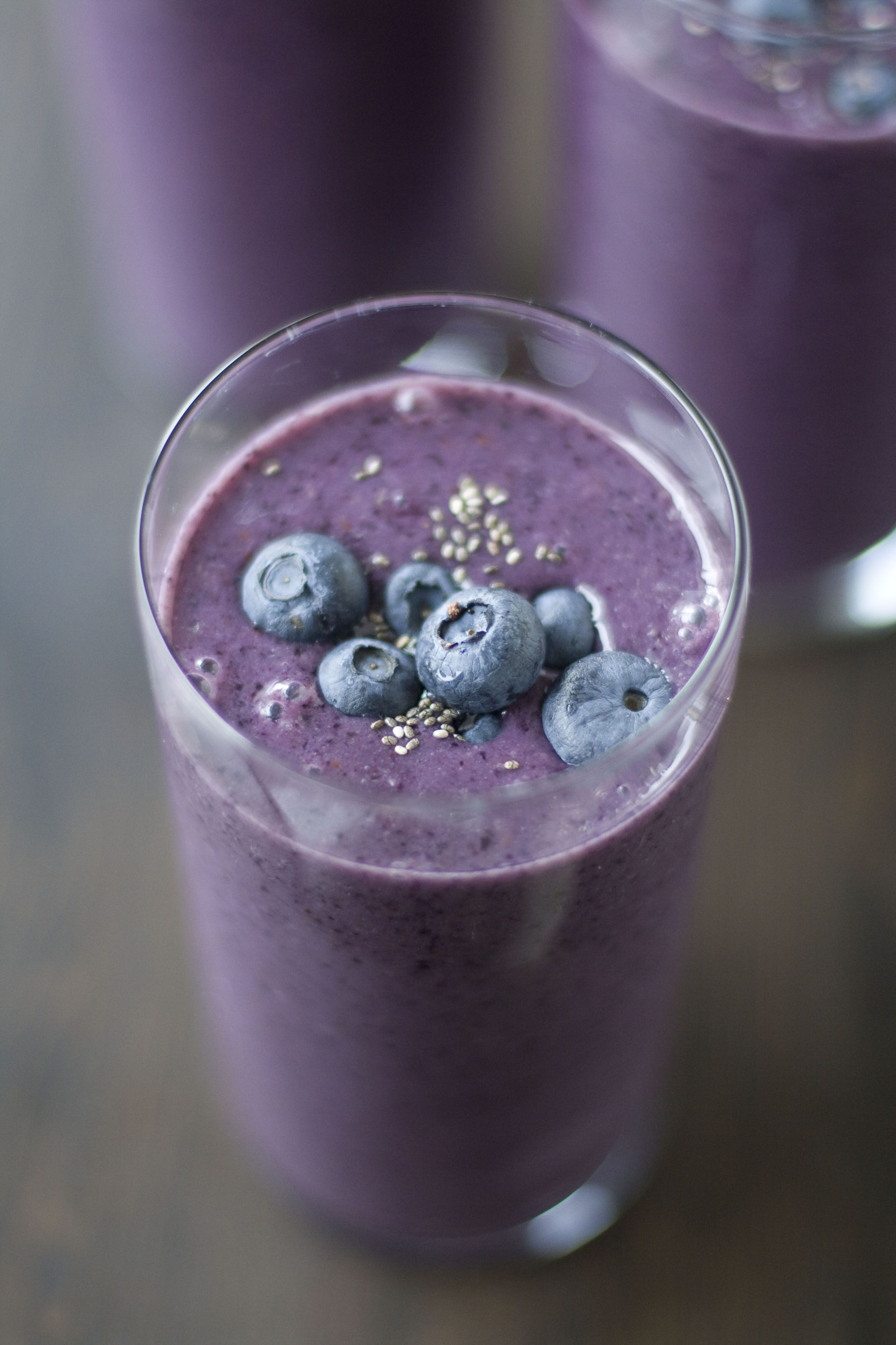 how to make a healthy smoothie with spinach and fruit