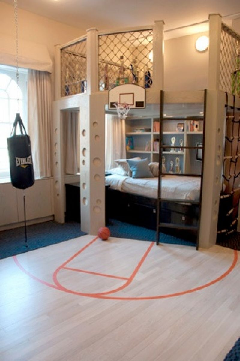Boys basketball bedroom ideas - Boys Room Wish I Had Boy Slam Dunk In This Sporty Room Complete With Punching Bags And Basketball Court The Children Sharing This Bedroom In A Nyc East