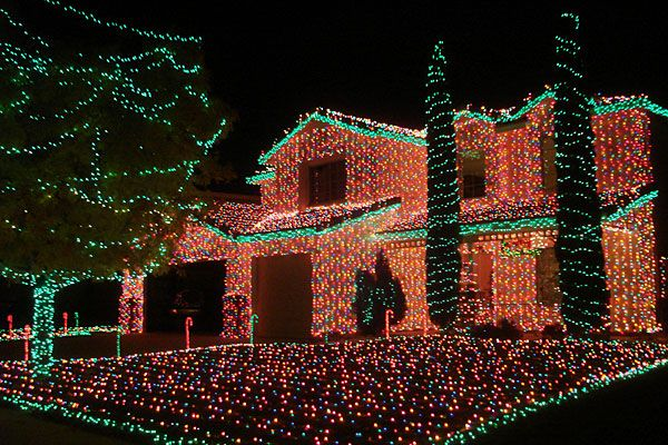 20 Christmas Decorating Ideas That are Over The Top   Christmas ...