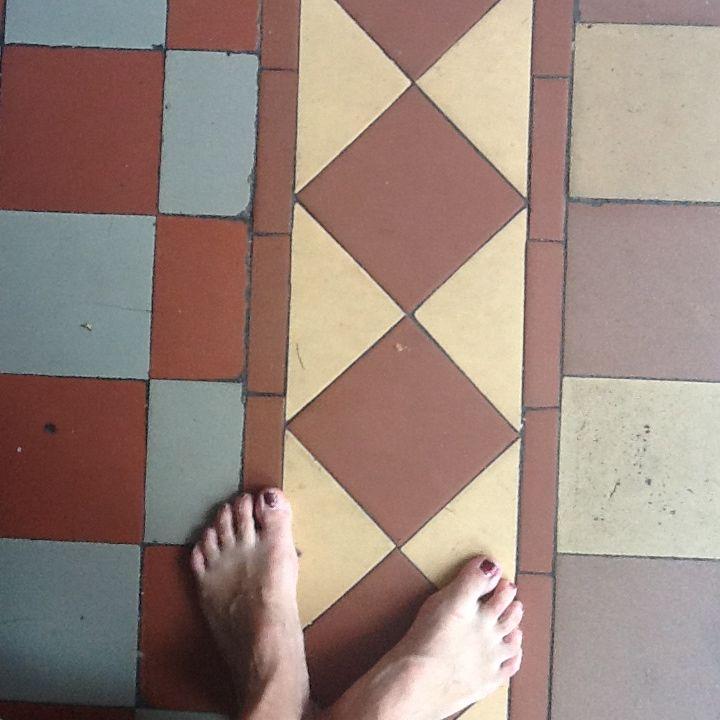 Oud en nieuw dubbelhardgebakken tegels mozaiek utrecht jaren 20 jaren 30 - Deco wc rood ...