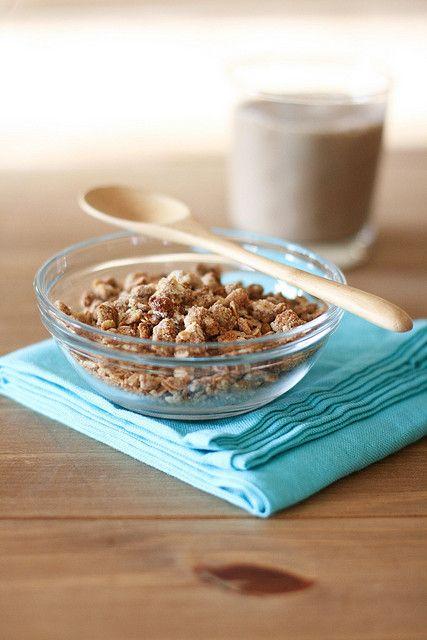 Peanut Butter & Chips Granola #veganMonster