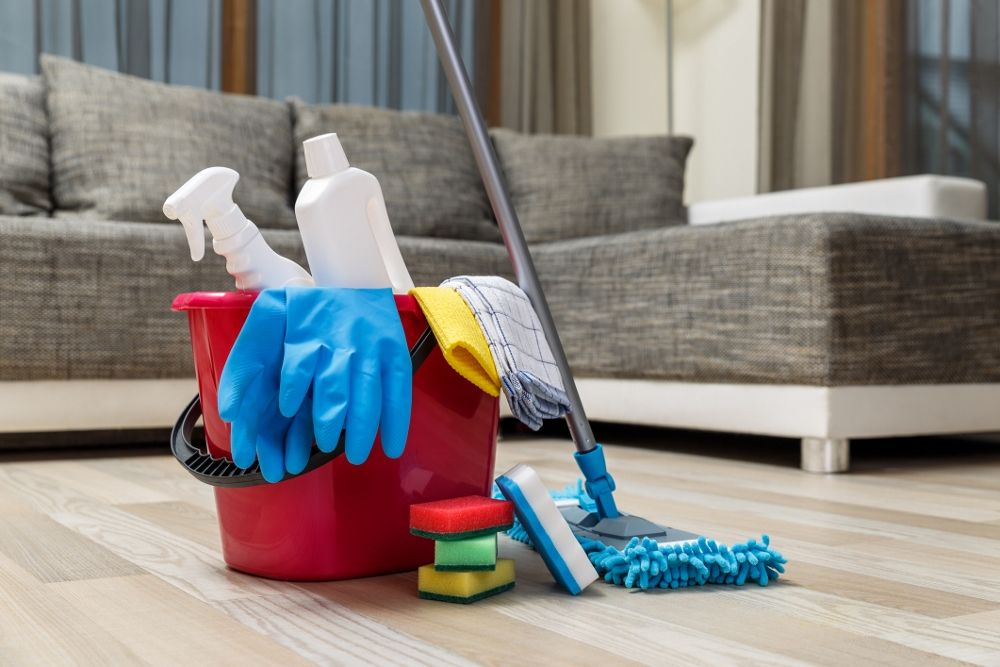 How To Have A Seamless Moving Day Cleaning Upholstery Clean House House Cleaning Services