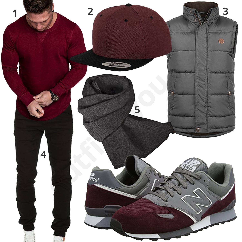 Grau Rotes Herrenoutfit mit Weste, Cap und Sneakern | Herren