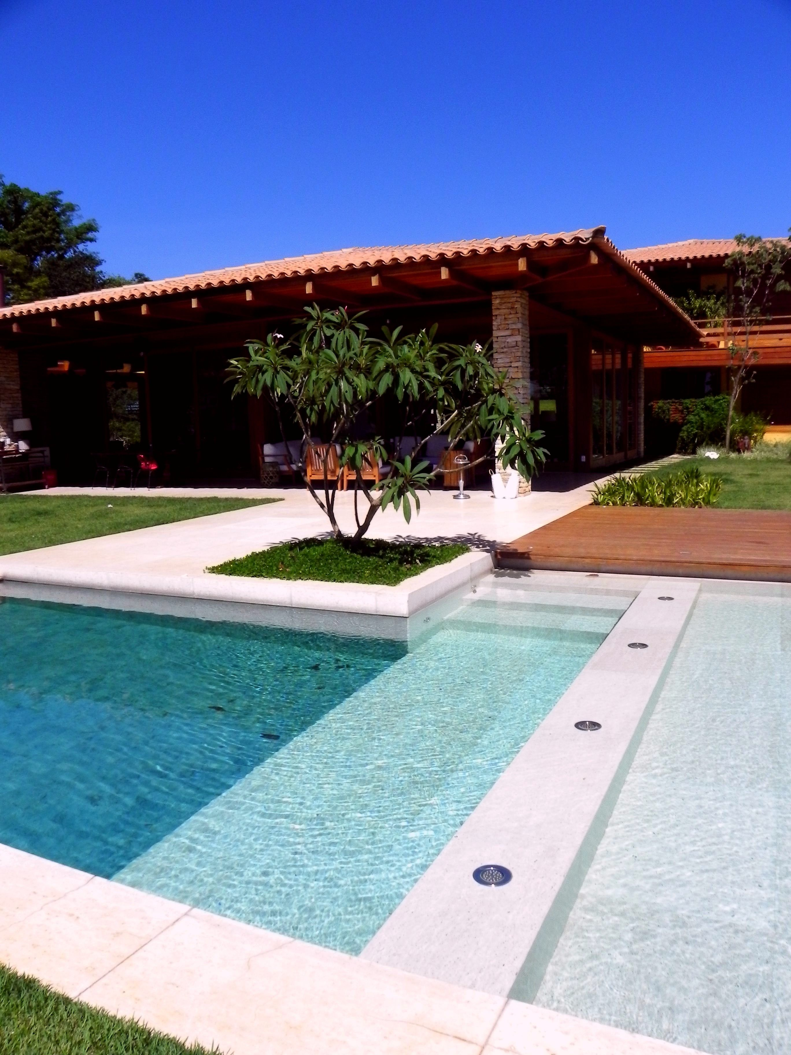 35 Small Backyard Swimming Pool Designs Ideas You Ll Love Homelovers Swimming Pool Landscaping Backyard Pool Swimming Pool Designs