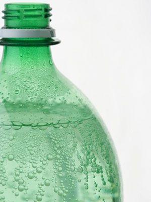 uti bladder foods drinks everydayhealth certain causes