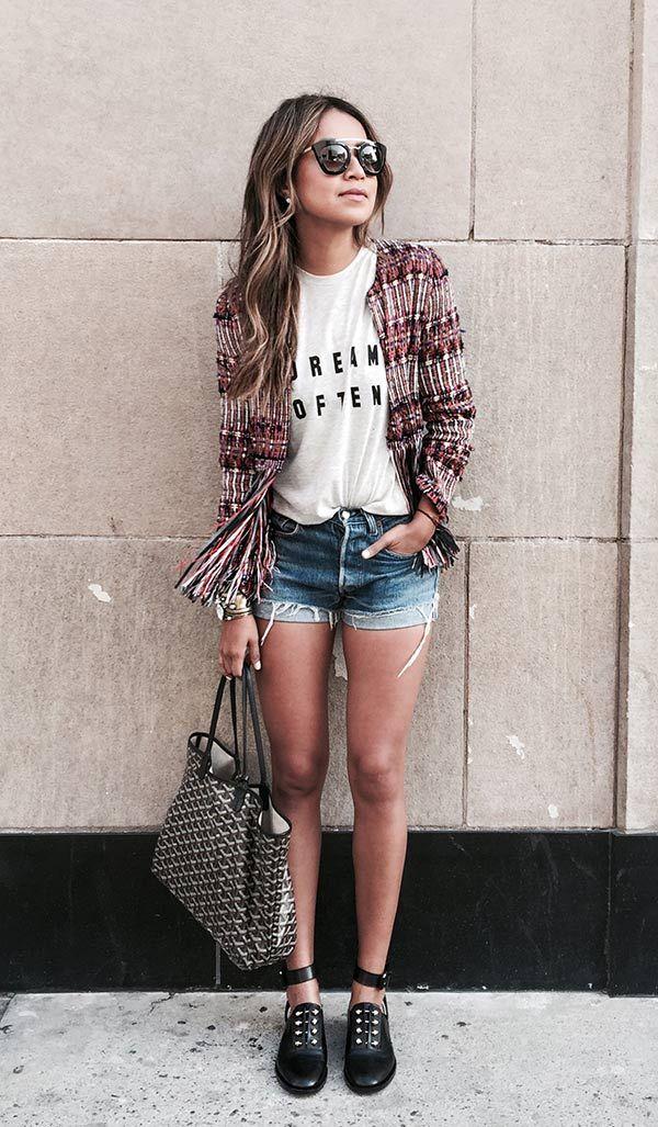 e92404c2e O guia pra ser chic usando short jeans