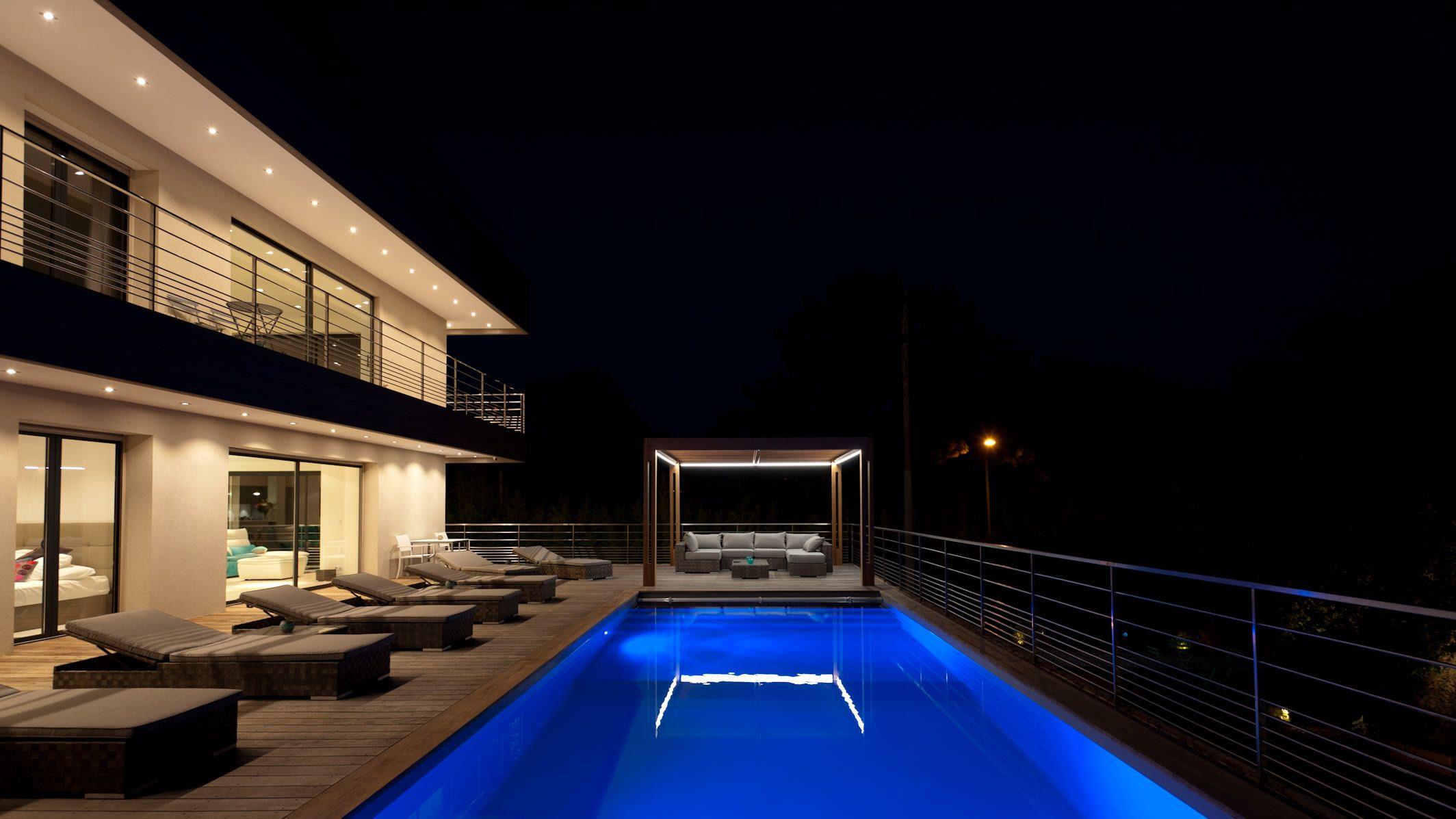 Location villa avec piscine pour vos vacances en corse - Location villa avec piscine en corse ...