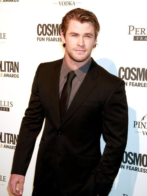 Nice suit, Thor !