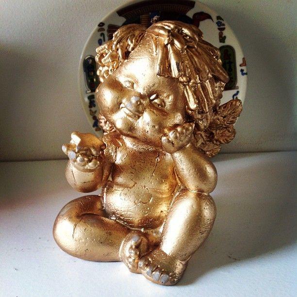 O anjinho presente da Ana Claudia, que vai dizer amém para as coisas boas que desejamos para os nossos queridos amigos.