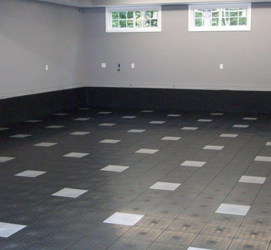 Modern garage floor tiles design with grey color interior for Garge floor