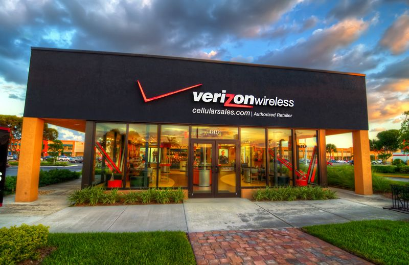 Finding A Verizon Near Me Now Is Easier Than Ever With Our Interactive Google Retail Design Outdoor Decor