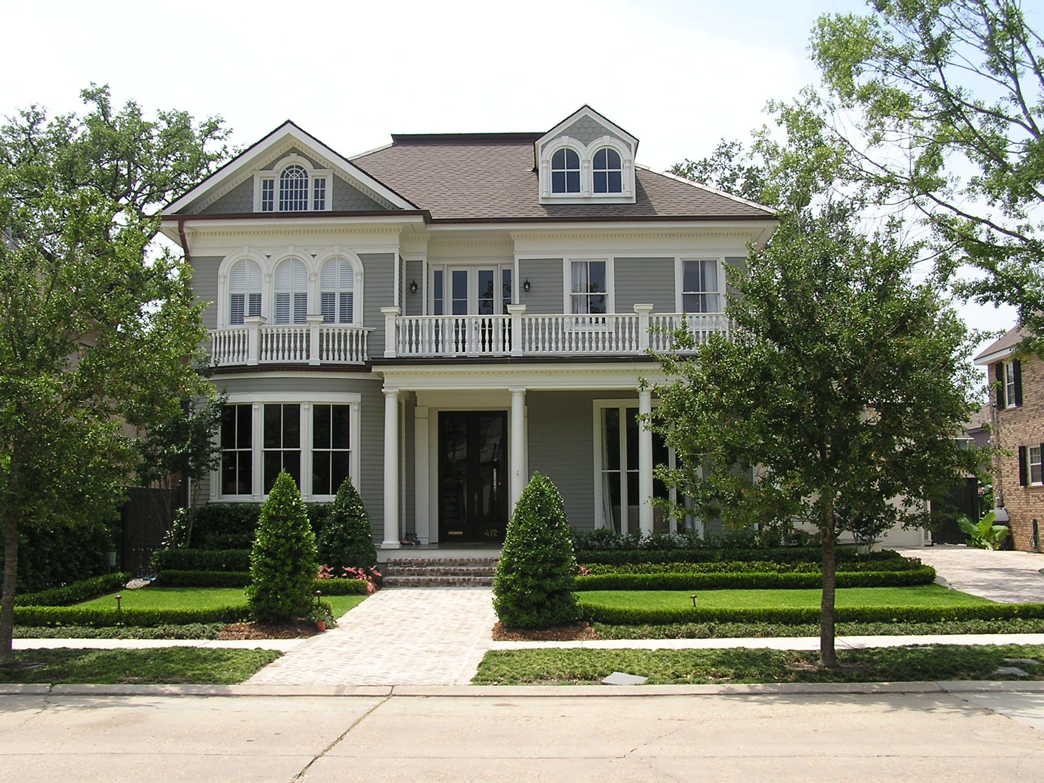 Stunning 11 images traditional southern homes building for Southern dream homes