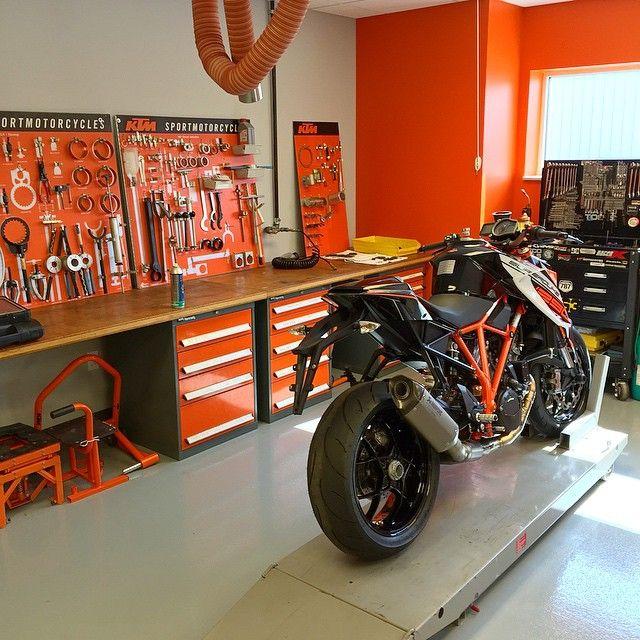 Garage Shop: Pin By G Swofford On Chopper Shop Ideas In 2019