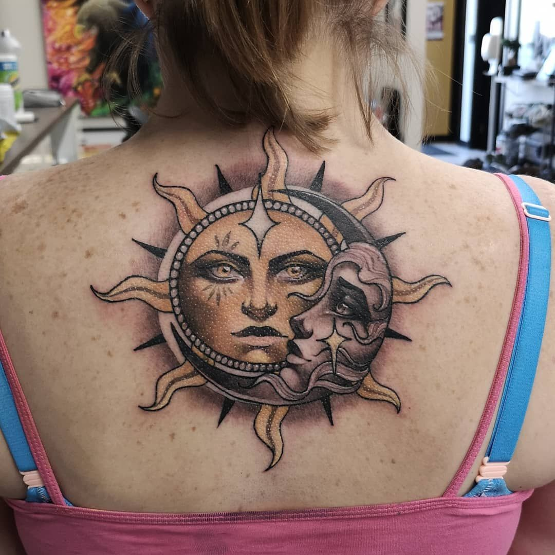 фото татуировок солнце вязать шапочку-зайку