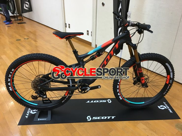 Buy 2017 Scott Genius 700 Plus Tuned Mountain Bike At Gocyclesport