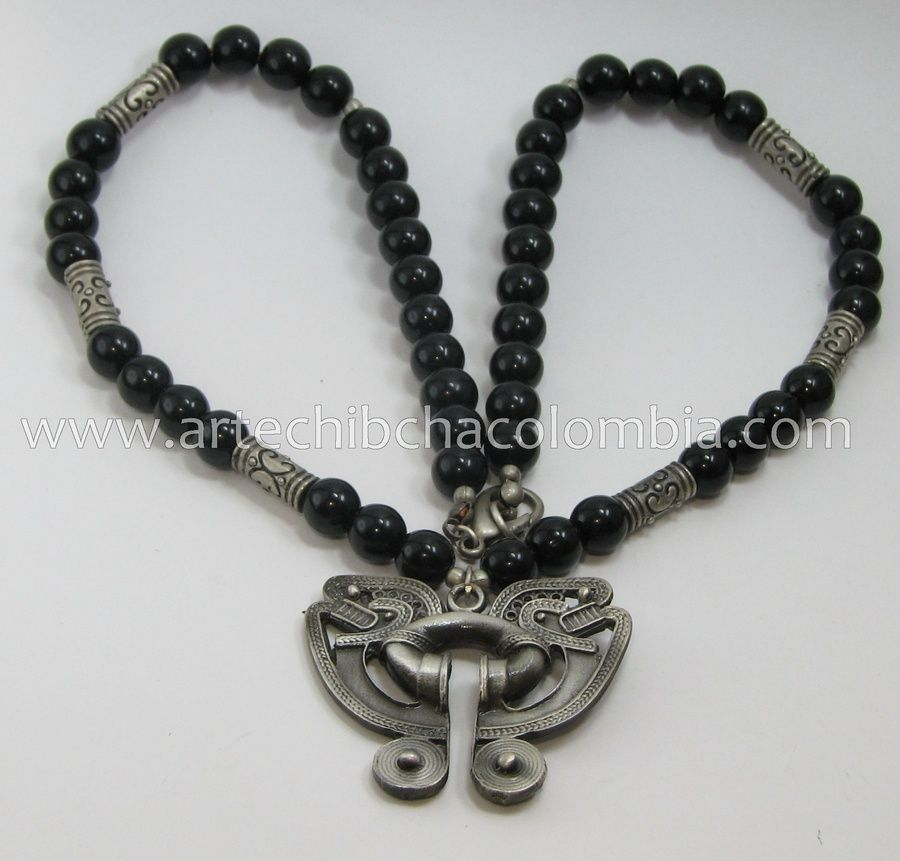 Collar cristal negro en plata vieja, diseño Precolombino