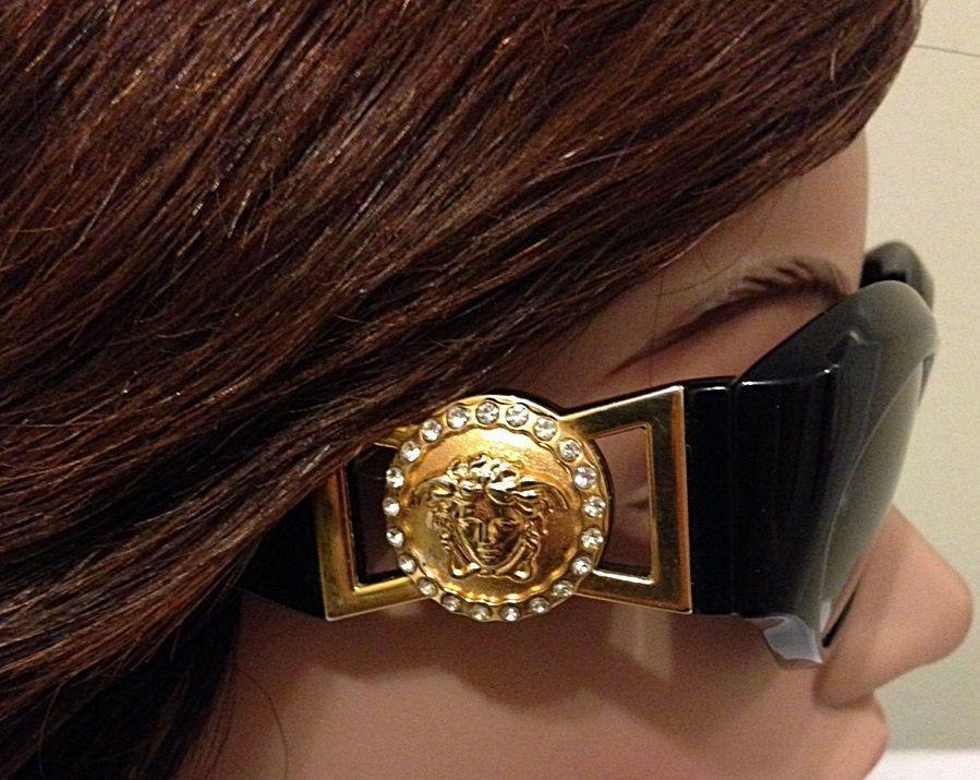 5148acedcd6 Gianni Versace Medusa Sunglasses Biggie Black N Gold Mod. 424 C-RH Vintage