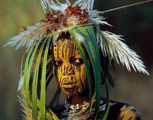 African Tribe People | Bee.jpg