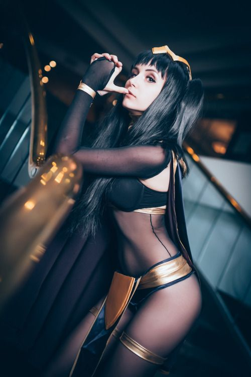 Tarja pinned from http://groteleur.tumblr.com/post/123958884263/cosplayhotties-fire-emblem-he-belongs-to-me-by