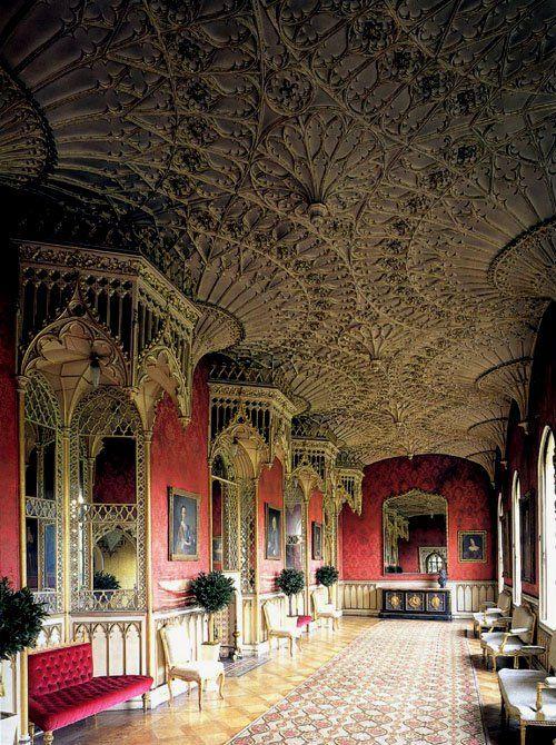 Grand Gallery, Strawberry Hill House, Twickenham, London - www.castlesandmanorhouses.com