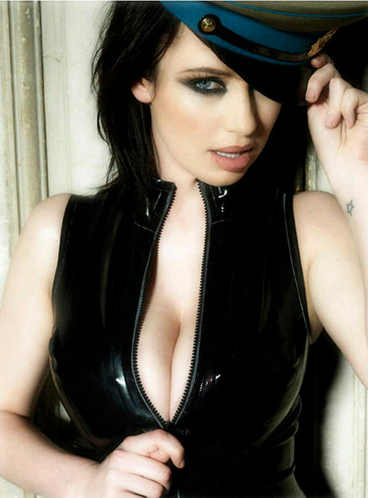 Reade sophie howard