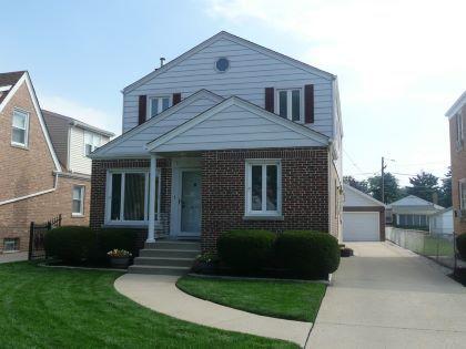 7413 W Carmen Ave Harwood Heights Il 60706 Mls 08711472 Century 21 Langos Christian Bob Nowak Li Century 21 Real Estate Real Estate Agent Real Estate