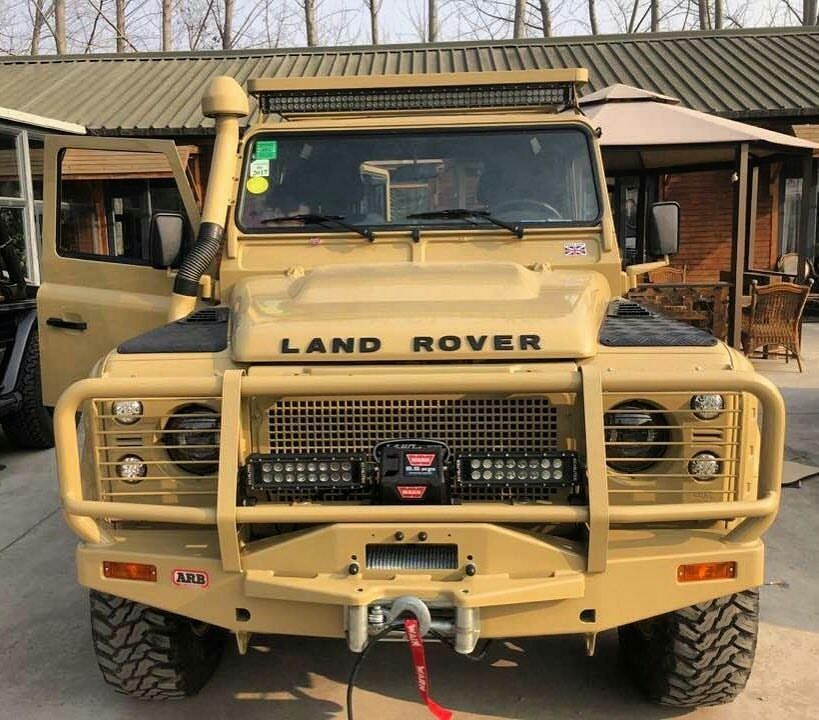 Land Rover Used Parts: Land Rover Defender Desert Puma With ARB Bullbar