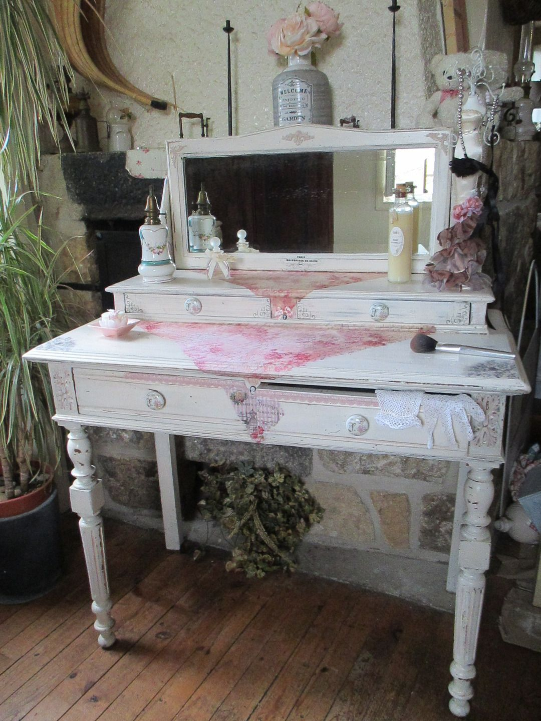 coiffeuse ancienne relook e marquise des anges shabby chic meubles et rangements par au. Black Bedroom Furniture Sets. Home Design Ideas