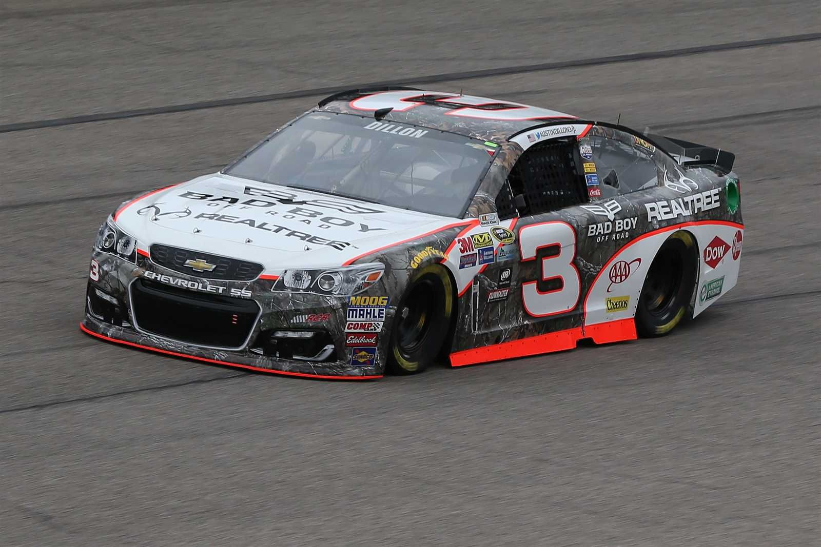 Austin dillon will start first in the no 3 richard childress racing chevrolet crew