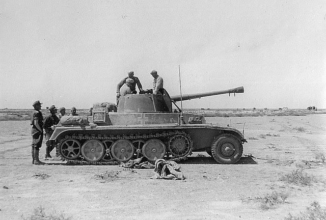 Google+ Pz sfII auf Fgst m Zgkw 5t mounting a 7.5cm L40.8 gun, one of 2 sent to North Africa