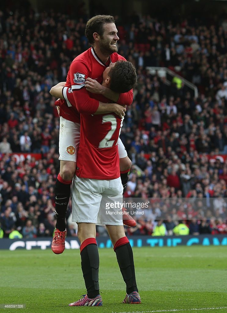 Ander Herrera Of Manchester United Celebrates Scoring Their Third With Images Manchester United Manchester United Football Club The Unit
