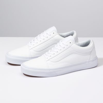 Canvas Old Skool | Shop Shoes in 2019 | Shoes, Vans sneakers
