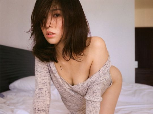 Pretty girl anal squirting gif