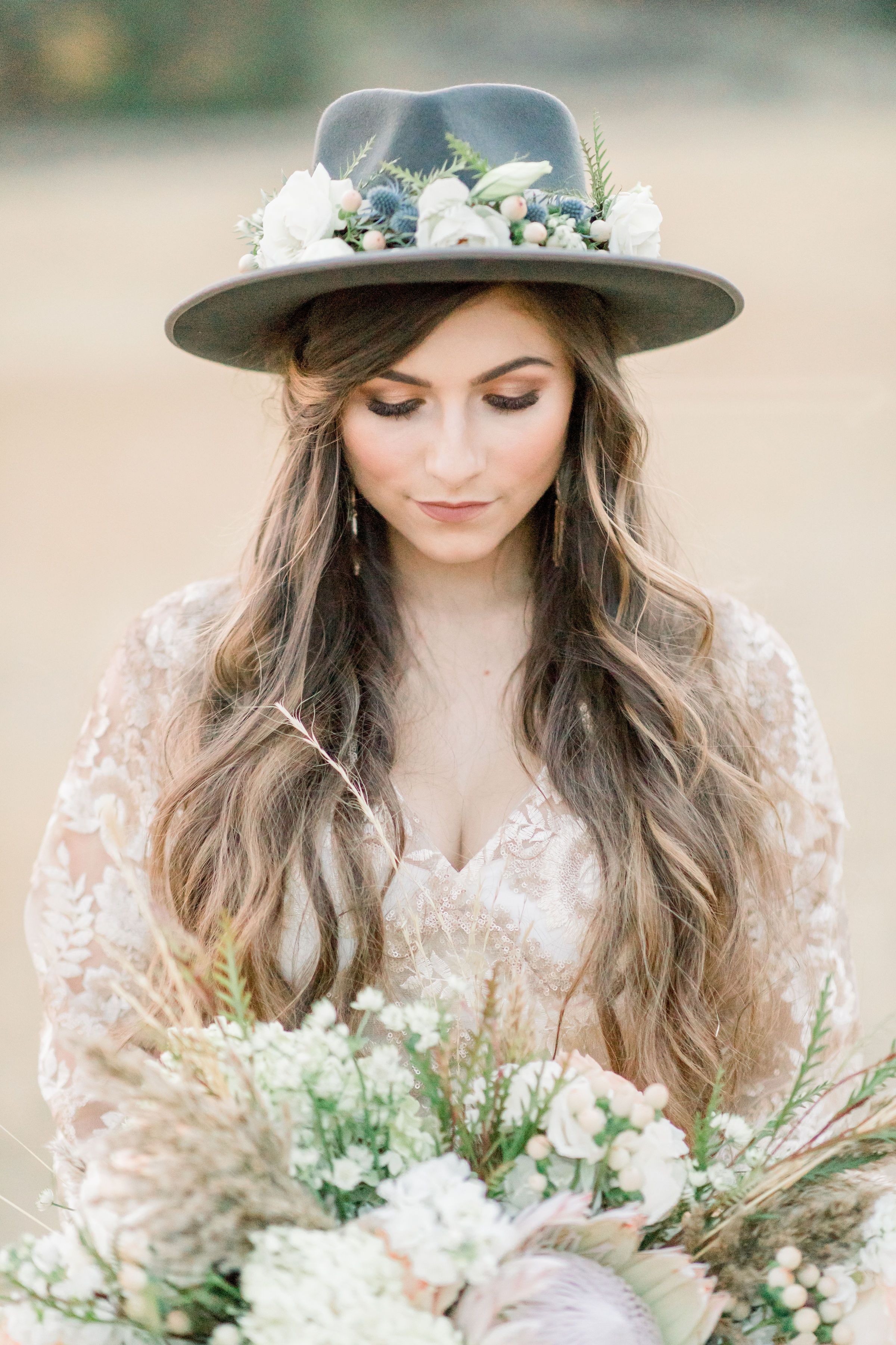 ef16e978 Wedding Trends for 2019 : The perfect hat for your big day by Gigi Pip  -Photographer: @krislephotography