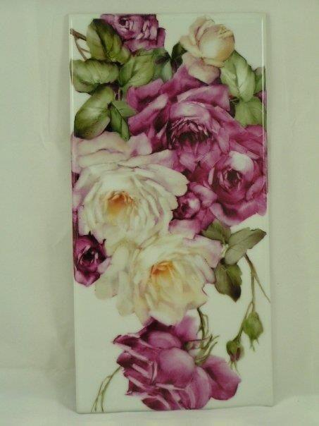 White & Ruby Rose Tile