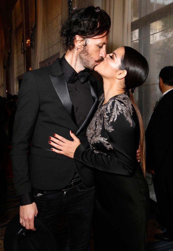 Soon to be married husband and wife: Koko Stambuk and Maite Perroni sharing their kisses
