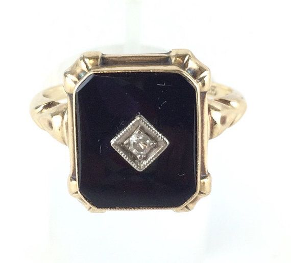 Art Deco Onyx Ring Antique Black Onyx Ring Antique Onyx Ring Mourning Ring Vintage Onyx and Yellow Gold Ring Art Deco Onyx Solitaire