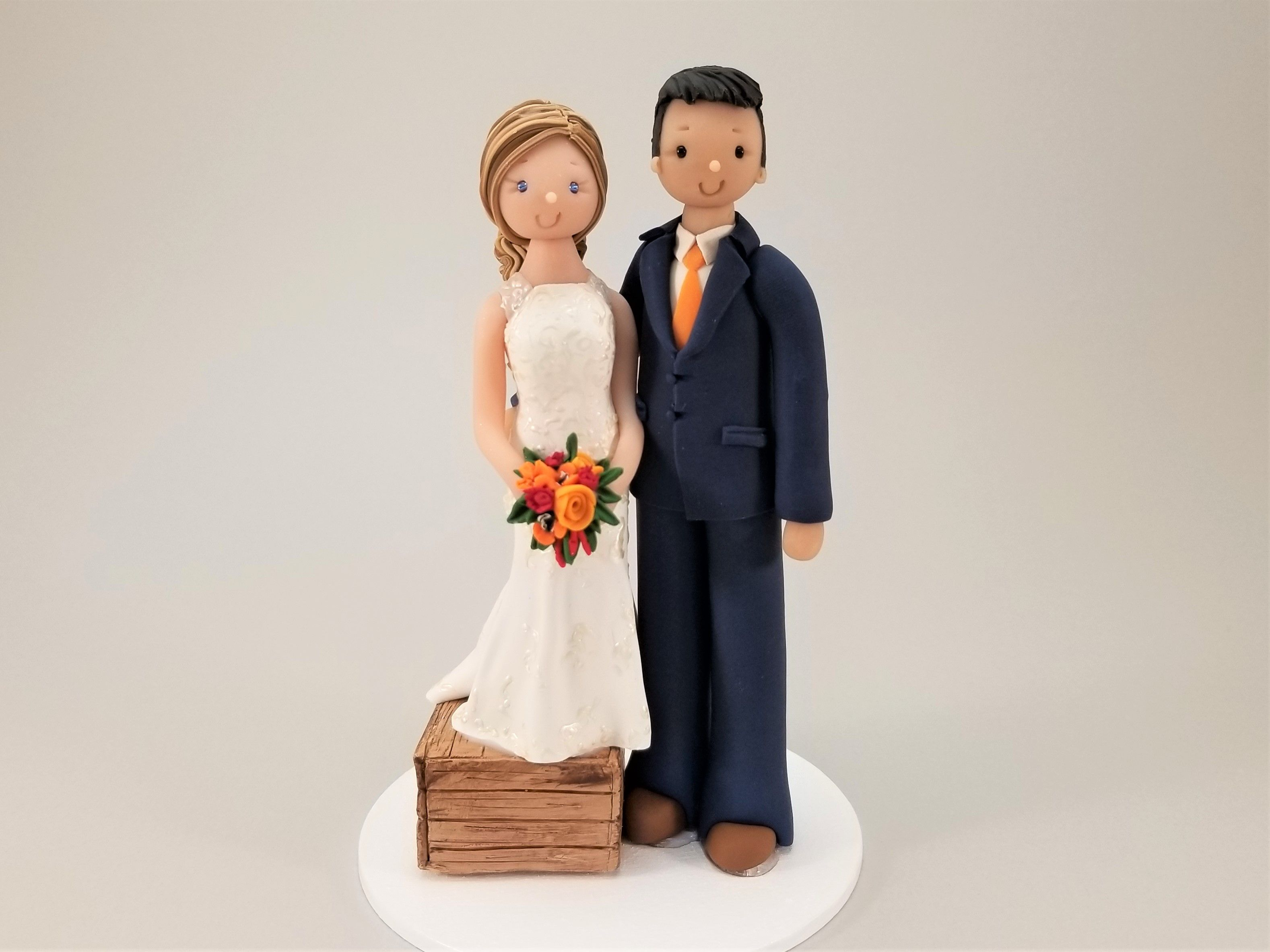 Bride /& Groom with Dogs Customized Wedding Cake Topper By MUDCARDS