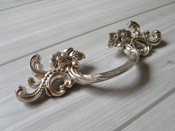 3 Dresser Pulls Drawer Handles Antique Silver Flower Cabinet Door