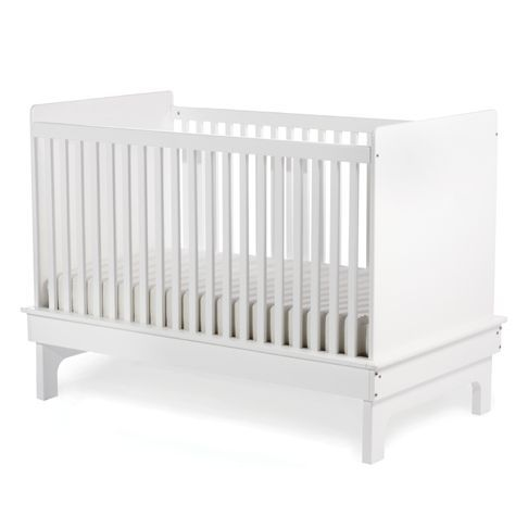 Beautiful and sleek modern design, this crib also has an