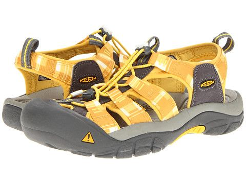 Keen Newport H2 Super Lemon Golden Yellow