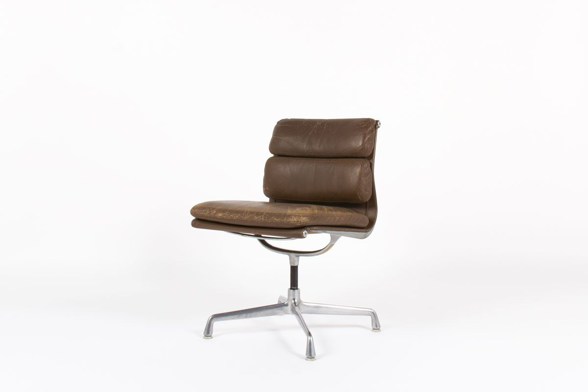 chaise de bureau vintage charles et ray eames modele soft pad ea 205 cuir marron edition - Chaise De Bureau Vintage