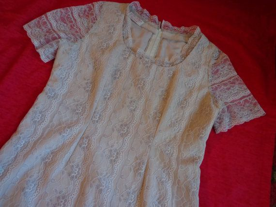 1960's Blouse lace cream beige Large by vintagewayoflife on Etsy