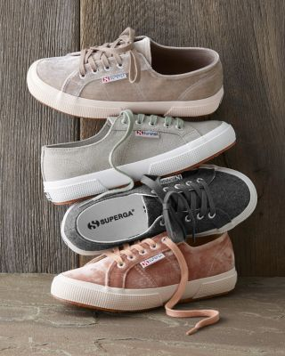 These Superga tennis sneakers are