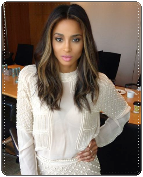 Sensational Smooth Make Up And Dark Hair With Blonde Highlights Really Flatter Short Hairstyles For Black Women Fulllsitofus