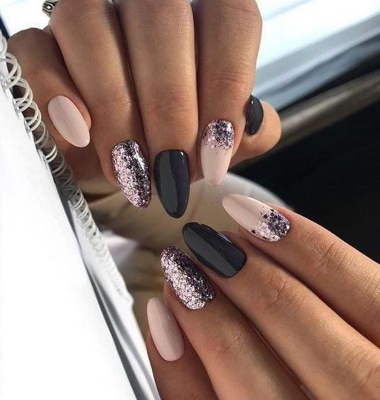 55 Stylish Nail Designs For New Year 2020 Nail Art Is Like The Icing On The Cake It Ties Your Look T Glitter Nails Acrylic Light Pink Nails Stylish Nails
