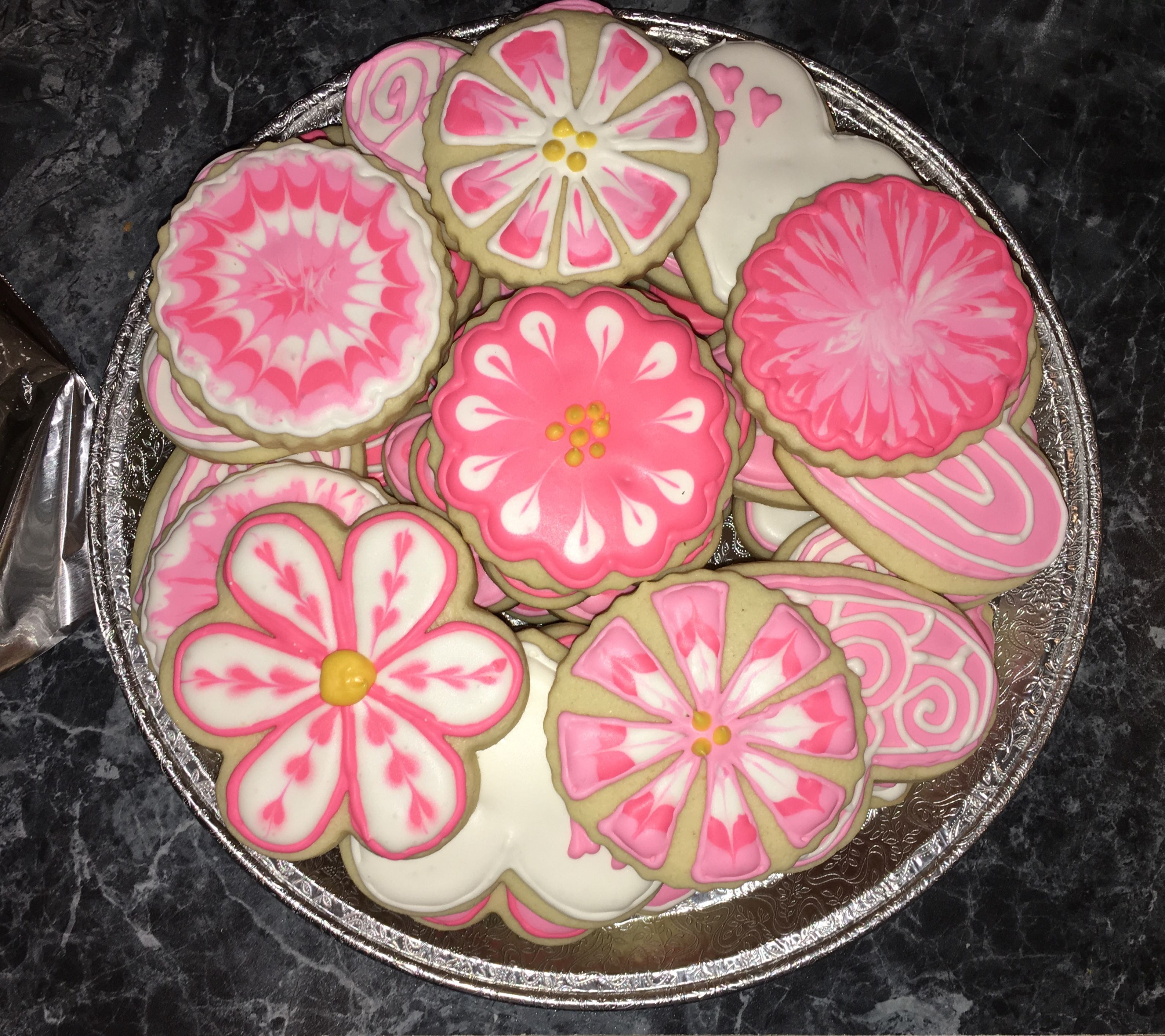 Pink Flower Cookies Baked By Isabelle Reeber Pinterest