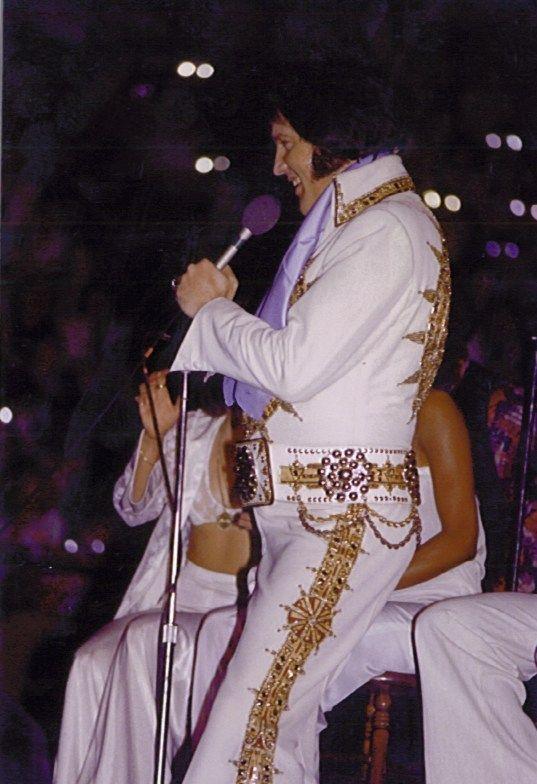 1977 5 21 8 30 Louisville Ky Freedom Hall Elvis Presley Elvis In Concert Elvis